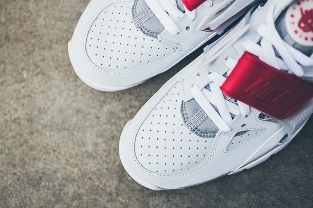 Nike Air Trainer Huarache White Uni Red 4