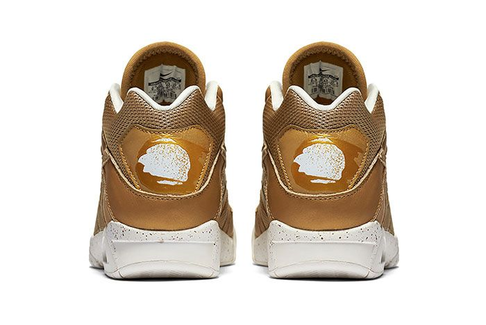 Air Tech Challenge Gold Heel 1