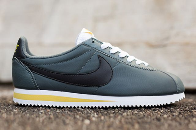 Nike Cortez Nylon Greyblackwhite 4