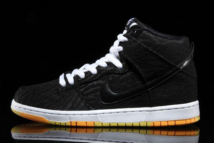 Nike Sb Dunk High Skunk 1