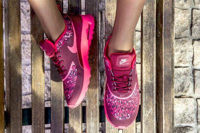 Nike Air Max Thea Red Multi 2