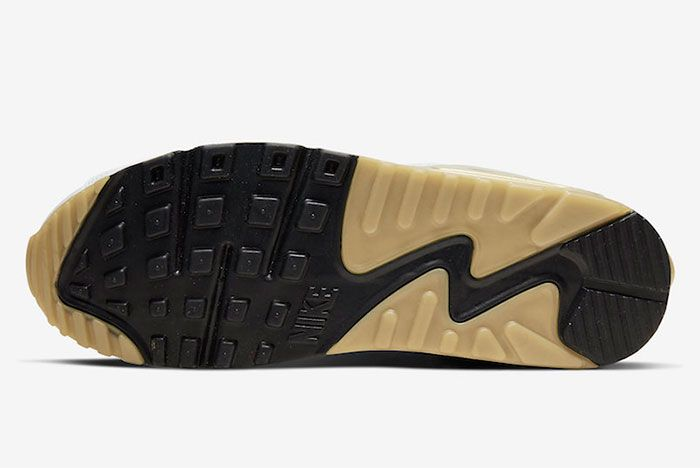 Nike Air Max 90 Flyease Gold Sole