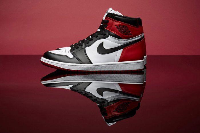 Air Jordan 1 High Black Toe