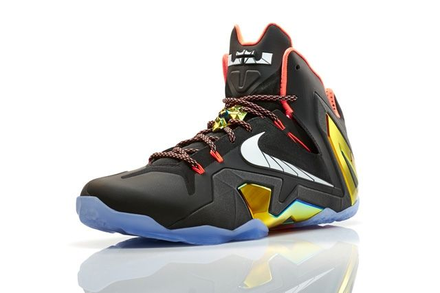 Nike Basketball Elite Series Gold Collection 2