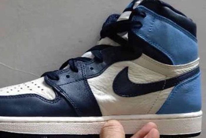 Air Jordan 1 'UNC' With Tumbled Leather