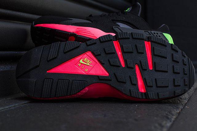 Nike Air Huarache Hyper Punch 2