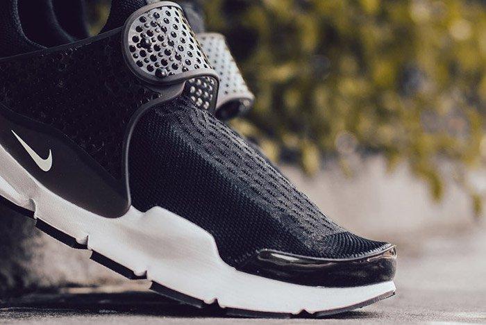 Nike Sock Dart Black White 4