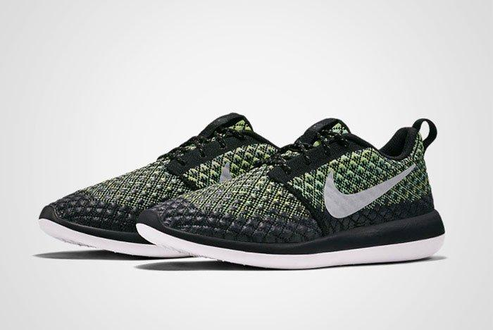 Nike Roshe Two Flyknit Volt Thumb
