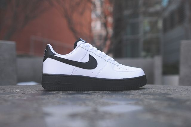 Nike Air Force 1 Low White Black 7