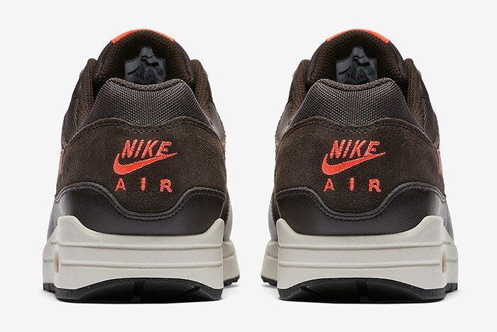 Nike Air Max 2 Chocolate Orange 3