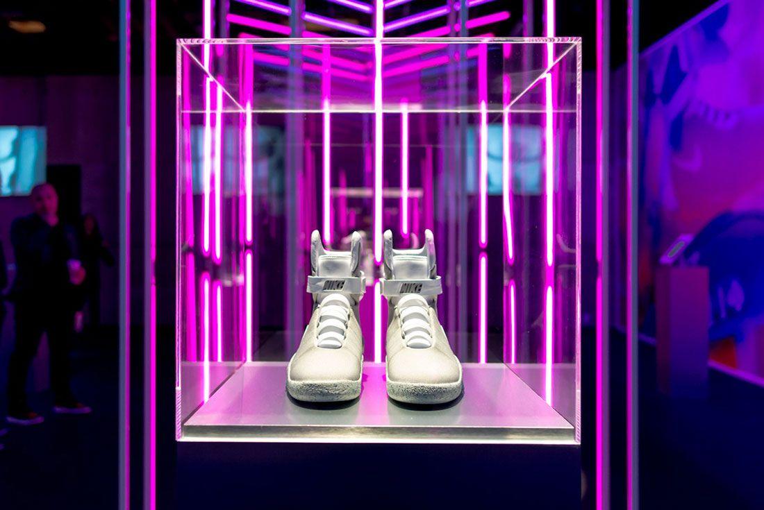 Nike Air Mag Show 1