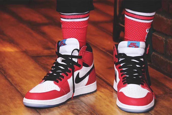 Air Jordan 1 Chicago Crystal 6
