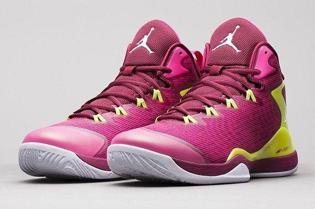 Jordan Super Fly 3 Fushion Pink Volt 01 880X617