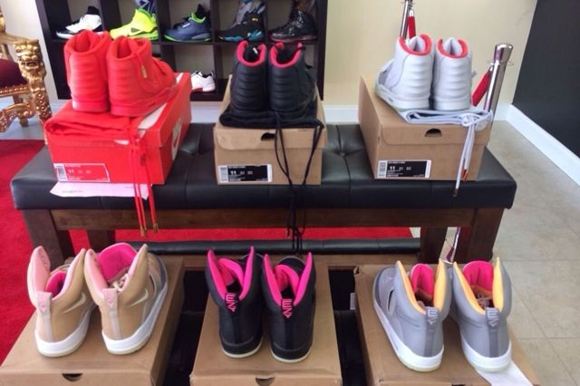 Nike Air Yeezy Full Collection Auction 4