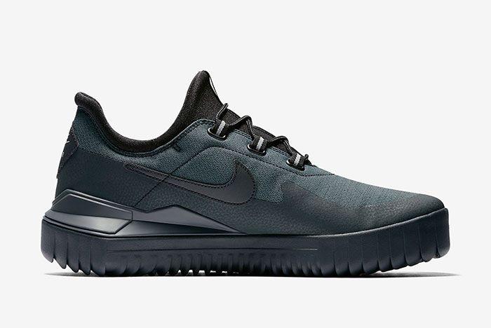 Nike Air Wild Black 4