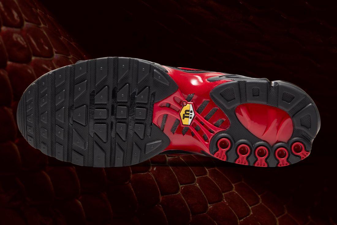 Nike Air Max Plus Red Belly Black