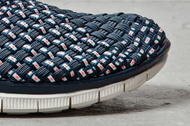 Nike Free Woven Navy 1 Det 1