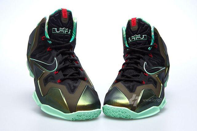 Nike Lebron Xi 11 Parachute Gold Update 3