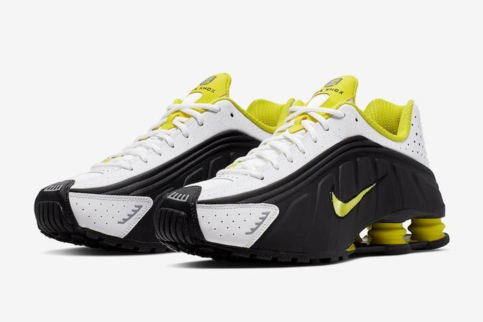 Nike Shox R4 Dynamic Yellow Pair