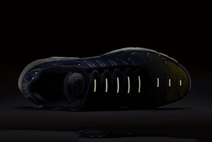 Nike Air Max Plus Gradient Blue Yellow 6