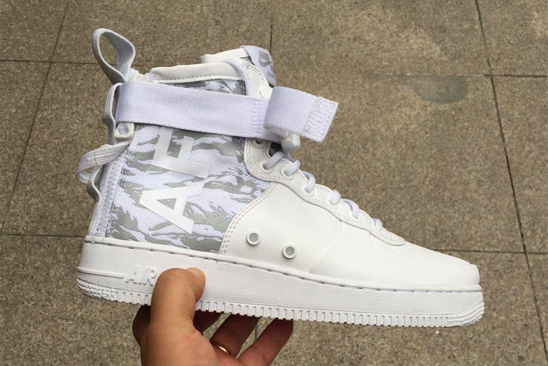 Ice Cold Nikes Sf Af 1 Appears In White Tiger Snow Camo2