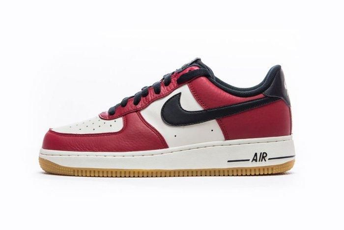 Nike Air Force 1 Low Chicago 1