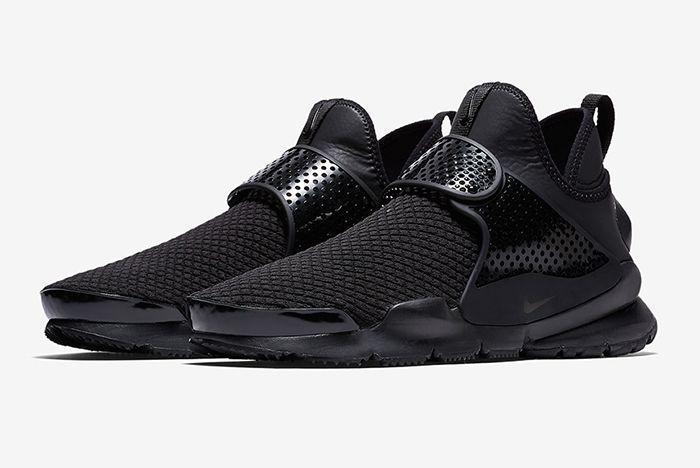 Nike Sock Dart Triple Black 4