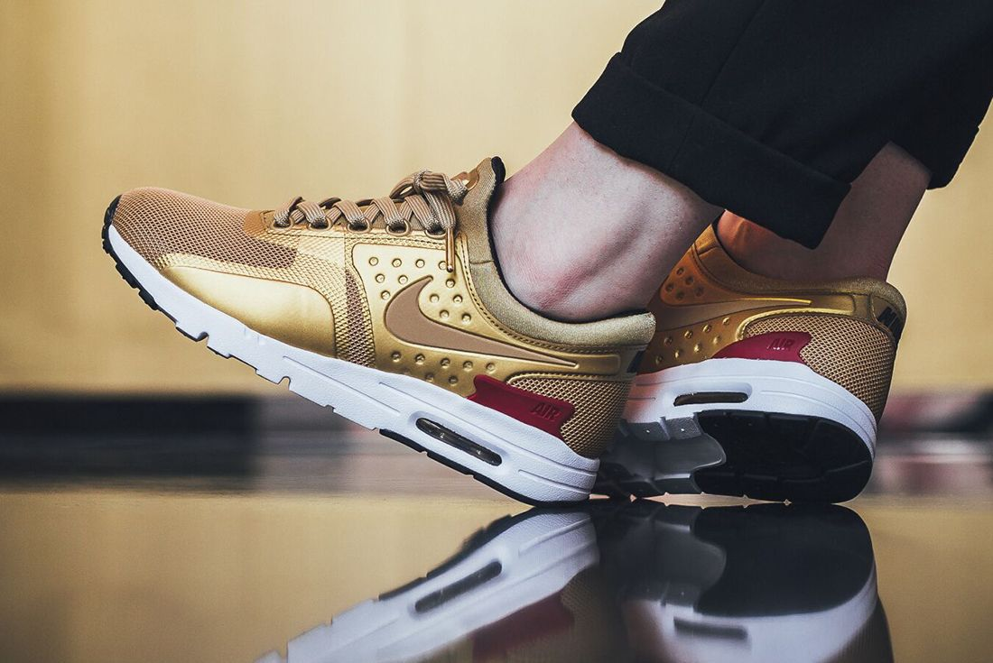 Nike Air Max Zero Metallic Gold3