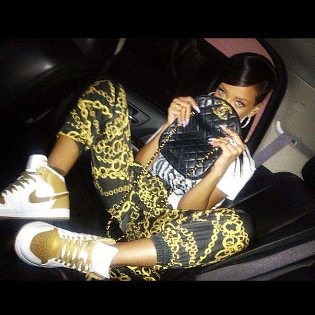 Rhiana Kicks 11