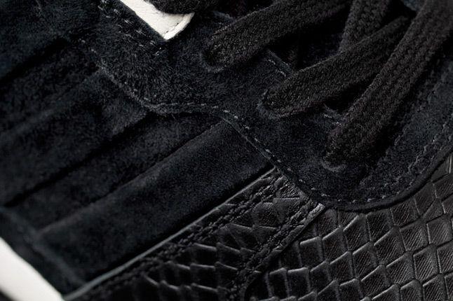Adidas Consortium Zx700 Sns Laces 1