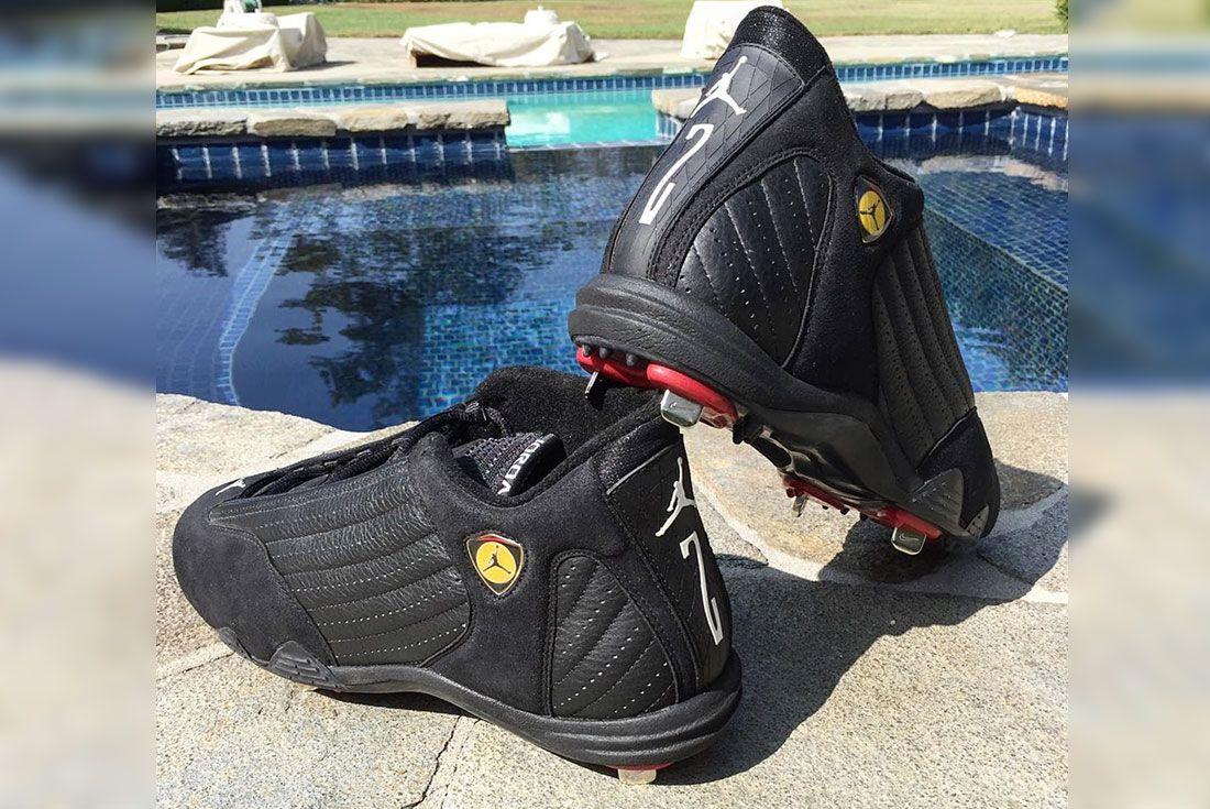 Derek Jeter Air Jordan 14 Pe Pair Shot