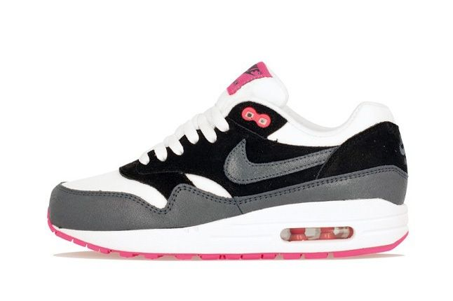 Nike Am1 Wmns Fall Overkill Delivery 13