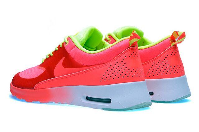 Nike Air Max Thea Woven Qs Pack Atmoic Red 2