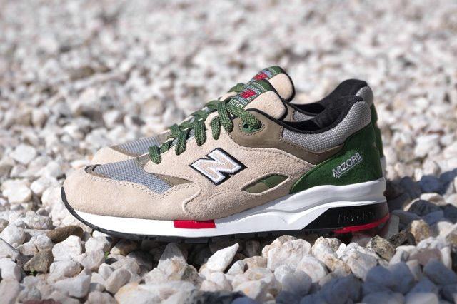 New Balance Elite 1600 Green Red 2