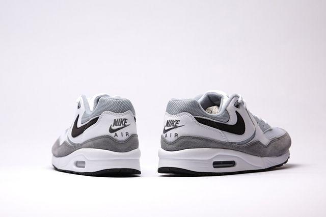 Nike Air Max Light Essential White Black Lt Magnet Grey B4