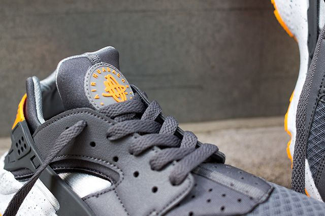 Nike Air Huarache Cool Grey Atomic Mango 3