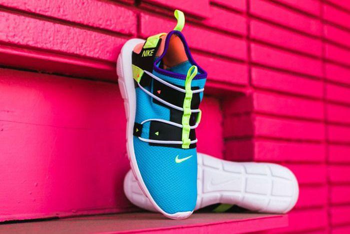 Nike Vortak Lagoon Blue Pink 4
