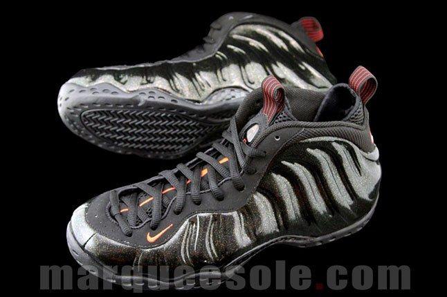 Nike Foamposite Black 4 1