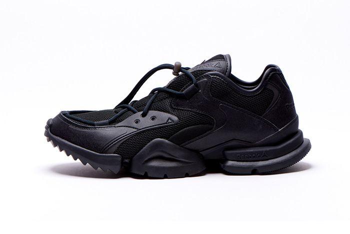 Reebok Sock Run R 96 Triple Black 2
