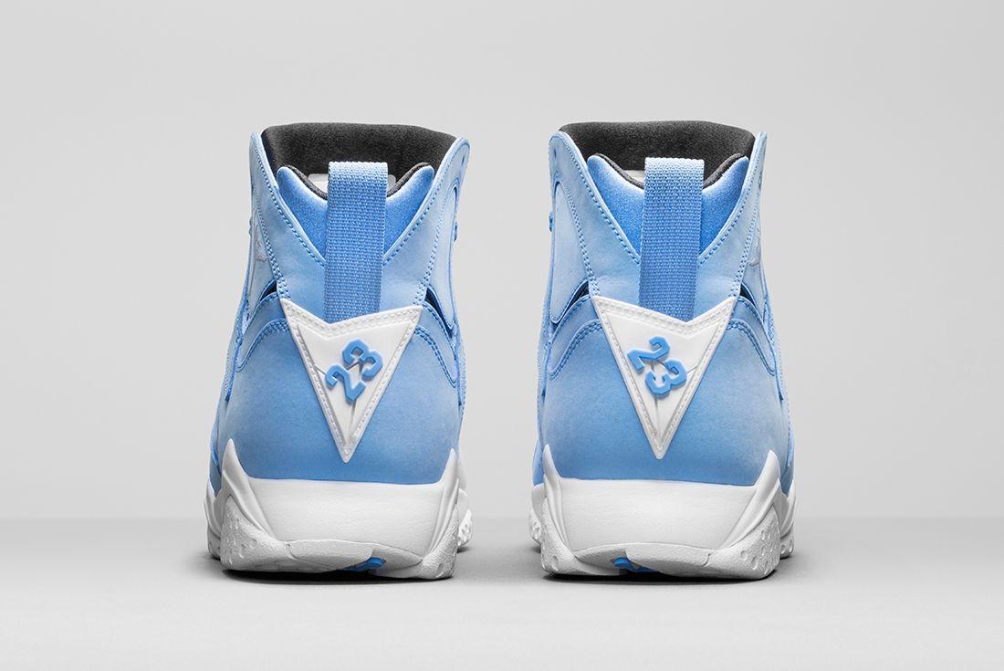Air Jordan 7 University Blue5