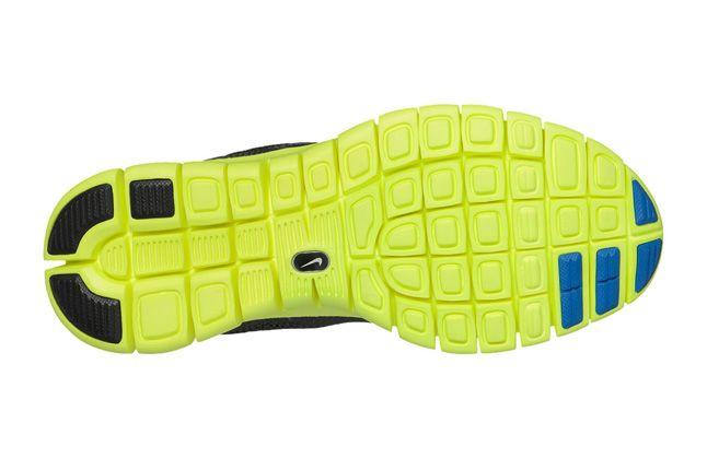 Nike Free Huarache Light Electric Blue Volt Sole 1