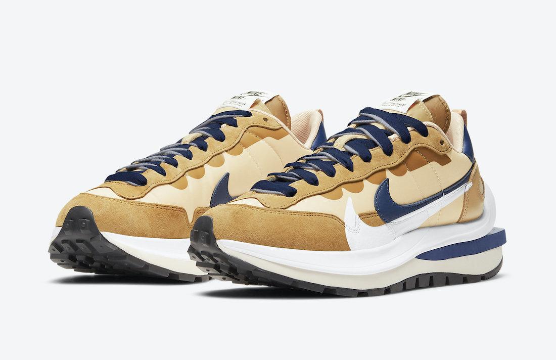 sacai Nike Vaporwaffle Sesame