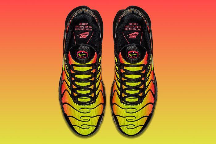 Nike Air Max Plus Volt Solar Red 3