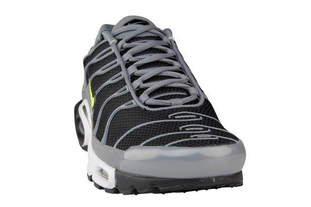 Nike Air Max Plus Coolgrey Volt 3