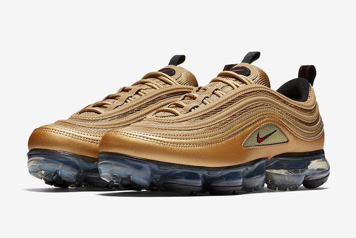 Nike Air Vapormax 97 Metallic Gold 9