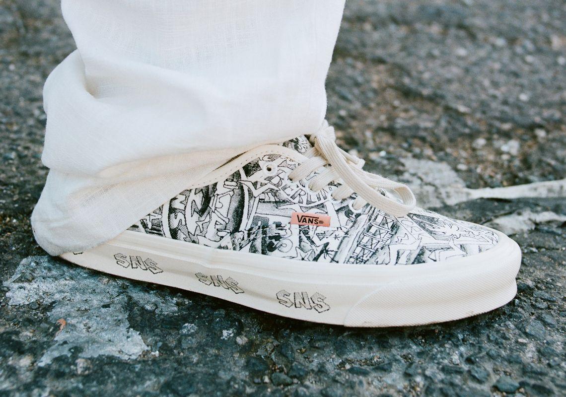Sneakersnstuff x Vault By Vans Authentic LX