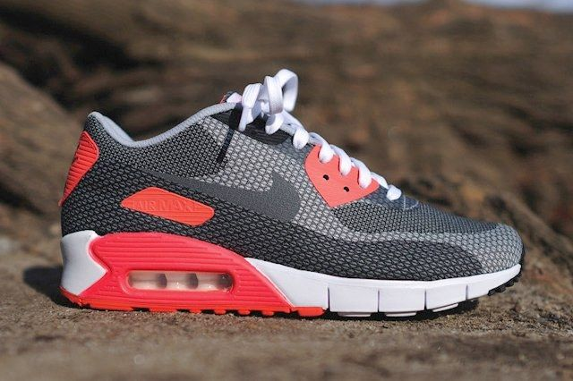 Nike Am90 Jacquard Infrared Bump Thumb