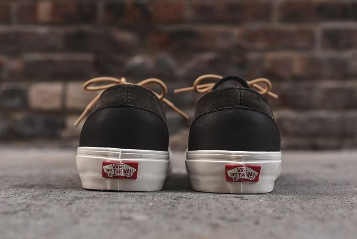 Vans Era Decon Dx Oil Skin Brown4
