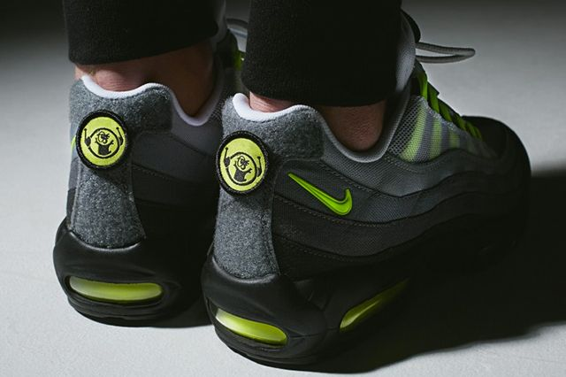 Nike Air Max 95 Patch Neon 3