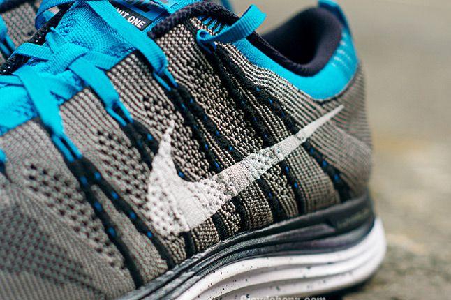 Nike Flyknit One Swoosh Detail 1
